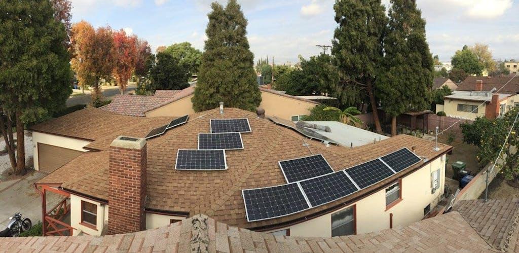Suniva 340 watt solar panel array